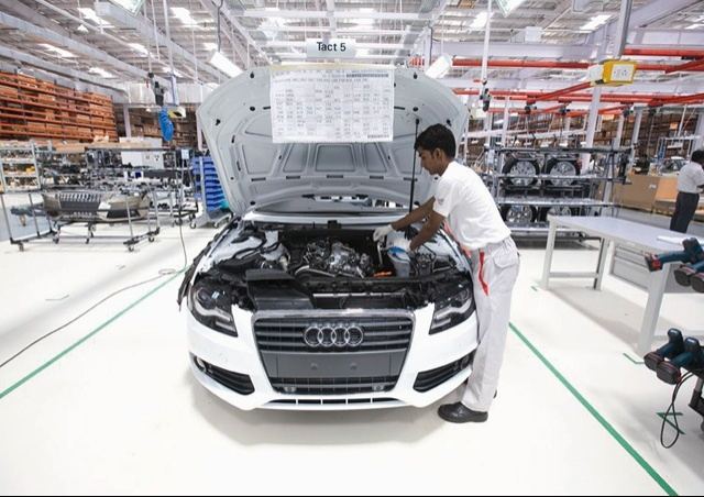 Audi lays foundation for 1.3 billion USD plant in Mexico