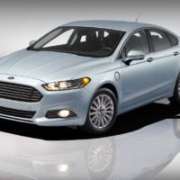 Ford Fusion Energi earns top safety pick from NHTSA