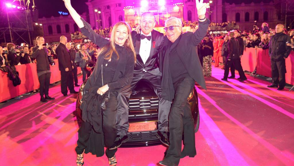 Mini by Roberto Cavalli sells for 150.000 euros at 2013 Life Ball Vienna