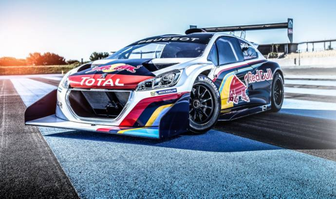 Peugeot 208 T16 Pikes Peak dressed in racing clothes
