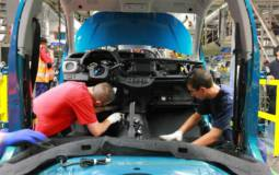 Toyota begins Yaris production for United States and Canada markets