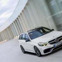 Video: Mercedes-Benz E63 AMG 4MATIC S-Model Wagon presentation