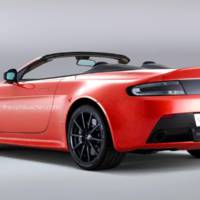 Aston Martin V12 Vantage S Roadster rendered by Theophilus Chin