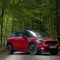 Mini Countryman and Paceman received John Copper Works Customization Program