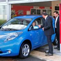 Nissan delivered its 10.000 electric Leaf model