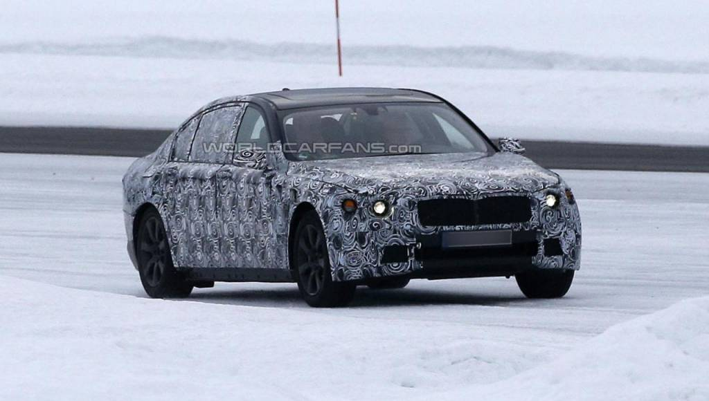 The upcoming BMW 7-Series could weigh less than the actual 5-Series