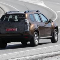 2014 Dacia Duster facelift - new spy photo
