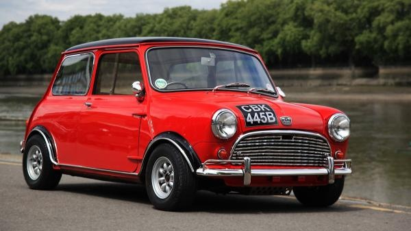 Chris Evans Mini to be auctioned at Silverstone