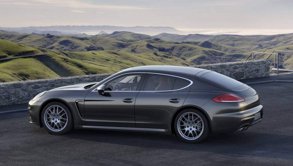 Porsche delivered 81.500 units during first half of 2013