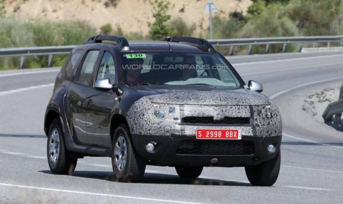2014 Dacia Duster facelift - new spy photo