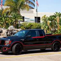 Crimefighter Ford F-150 pays tribute to Batmobile