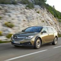 Say Hello! To the new Opel Insignia Country Tourer