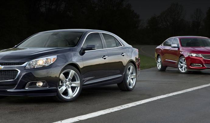 2014 Chevrolet Malibu starts at 22.865 dollars in the US