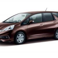 2014 Honda Fit Shuttle unveiled