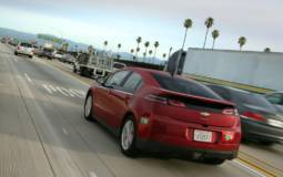 Chevrolet Volt gets 5000 USD cheaper