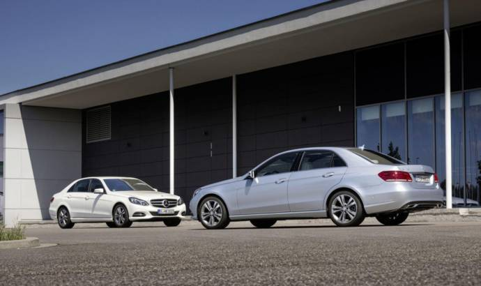 Mercedes E 220 BlueTEC BlueEFFICIENCY Edition steps into the light