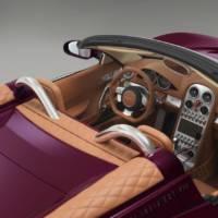 Spyker B6 Venator Spyder unveiled at Pebble Beach