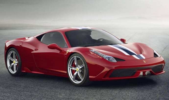 Video: Ferrari 458 Speciale caught on Barcelona streets