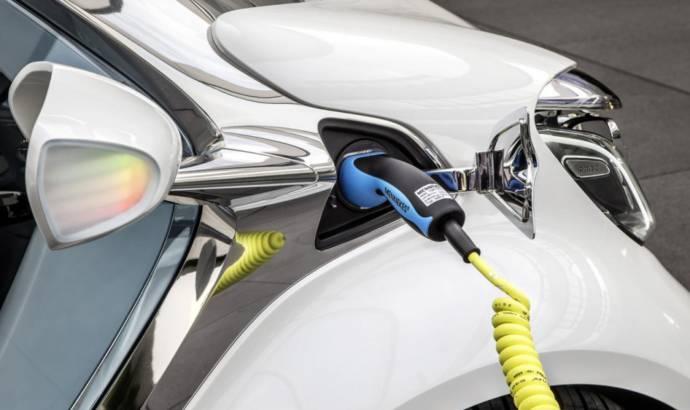 2013 Smart ForJoy Concept unveiled