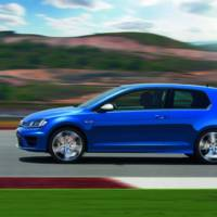 2014 Volkswagen Golf R - New pictures and info