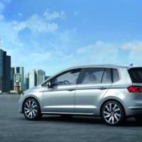 2013 Volkswagen Golf Sportsvan Concept revealed