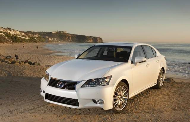Lexus GS300h introduced in the UK