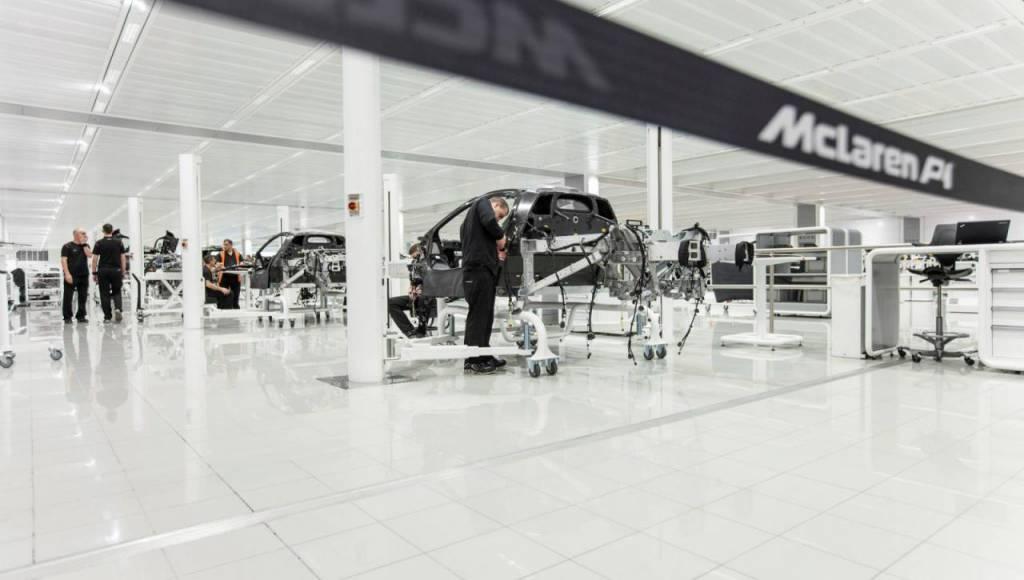 2013 McLaren P1 - The production line