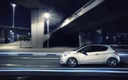2013 Peugeot 208 Review