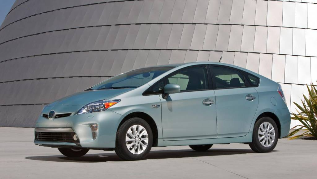 2014 Toyota Prius will start at 29.990 USD