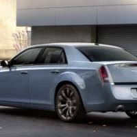 2014 Chrysler 300S unveiled