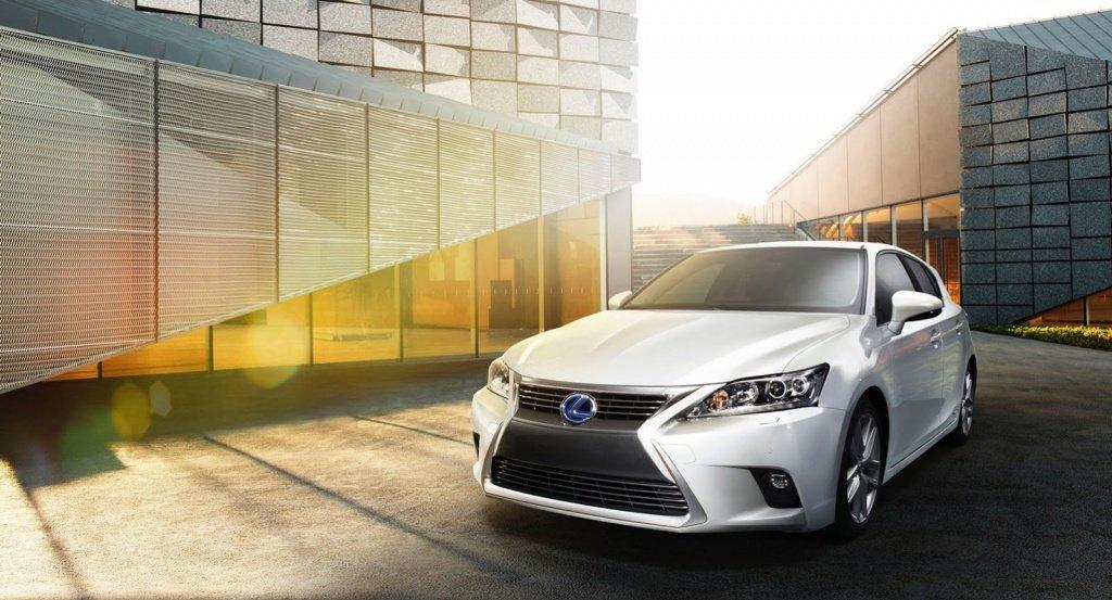2014 Lexus CT200h facelift unveiled