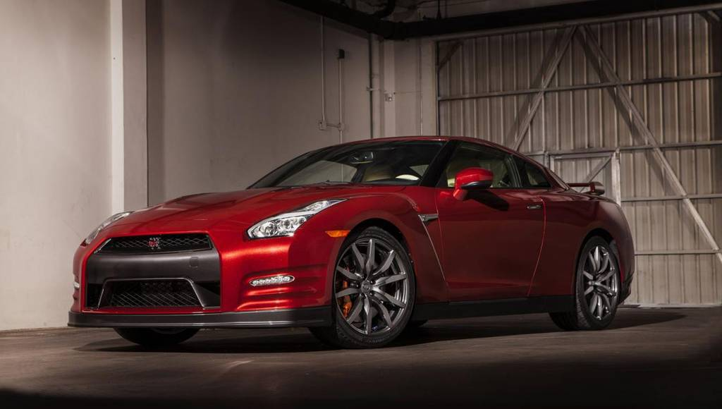 2014 Nissan GT-R unveiled