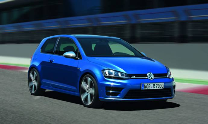 2014 Volkswagen Golf R available from 29.900 GBP