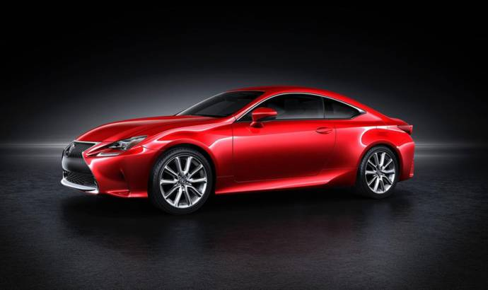 Lexus RC Coupe new red paint