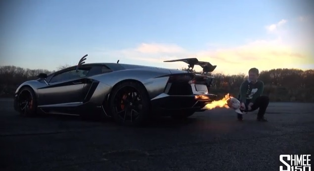 VIDEO: How to cook you Christmas meal with an Aventador