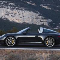 2014 Porsche 911 Targa 4 and 4S unveiled in Detroit
