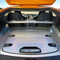 Kia GT4 Stinger makes public debut