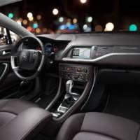 2014 Citroen C5 CrossTourer world premiere in Geneva
