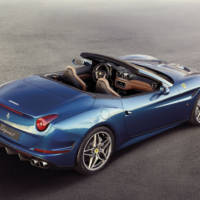 2014 Ferrari California-T - A slightly facelift for the Italian convertible