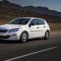 Peugeot 308 gains new 1.2 liter PureTech 3-cylinder e-THP engine