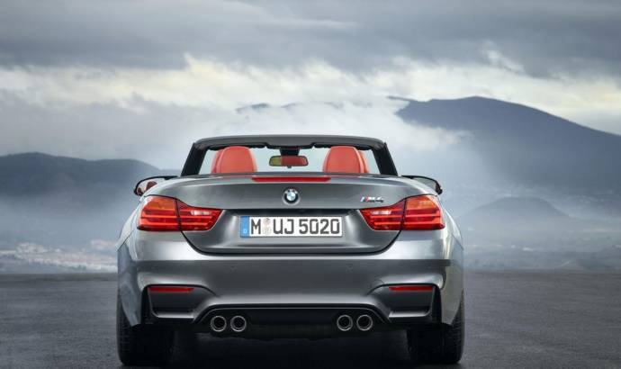 2015 BMW M4 Convertible unveiled