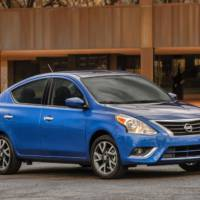 2015 Nissan Versa Sedan official photos and details