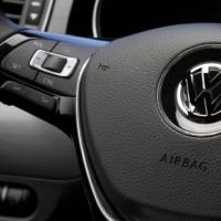 2015 Volkswagen Jetta facelift - Official pictures and details
