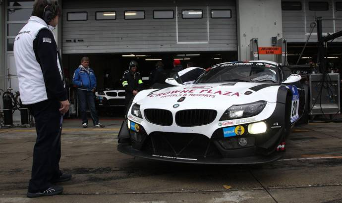 BMW Z4 GT3, first car to use laser lights on race track