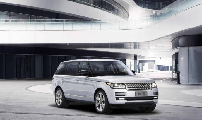 Range Rover Hybrid Long Wheelbase introduced