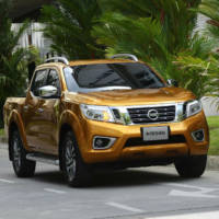 2015 Nissan Navara - Official pictures and details