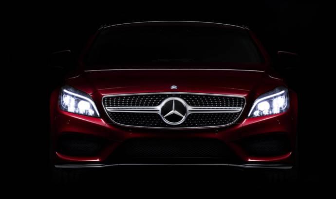 2015 Mercedes CLS-Class MULTIBEAM LED Headlight technology debut
