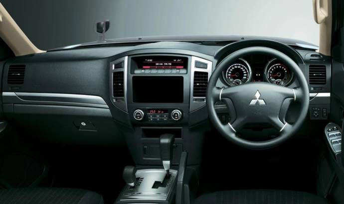 2015 Mitsubishi Pajero facelift introduced in Japan