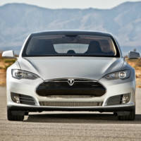 Are you a hacker? Win a 10.000 USD price if you can crack a Tesla Model S