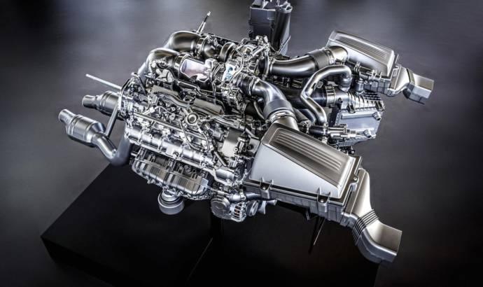 Mercedes AMG V8 engine detailed